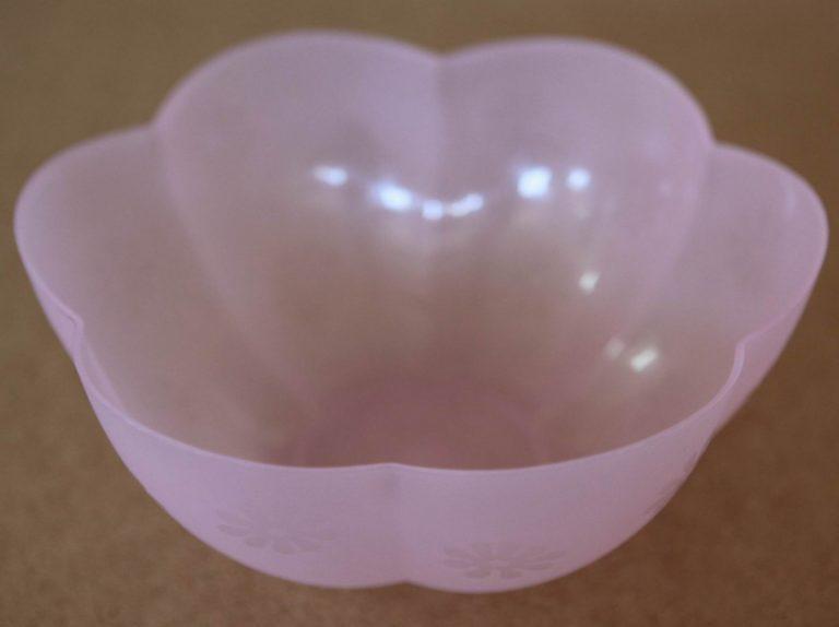 plastmasova-kupa-liliya